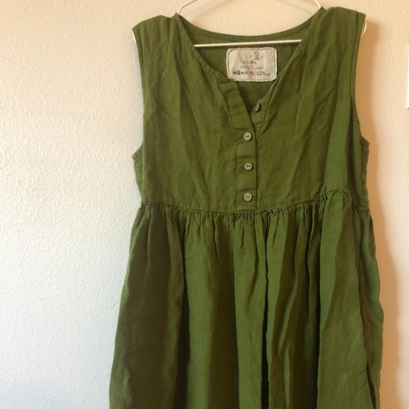 149f0def09ddc3 notperfectlinen MAMA sleeveless dress in green. M 5bad23a234a4ef2a9611c8dc